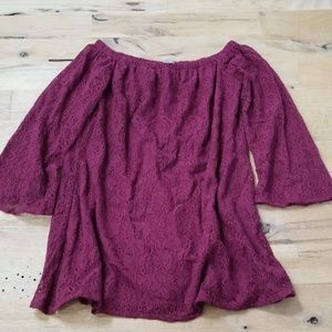 Miami off the shoulder lace shirt